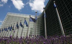 La Commission européenne devait initialement rendre vendredi son verdict sur le budget 2015 de la France....