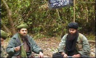 Le Groupe salafiste pour la prédication et le combat (GSPC), allié du réseau terroriste Al-Qaïda, a appelé les Algériens à s'en prendre aux Français, dans un message mis en ligne mardi.