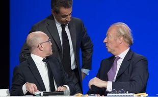 Eric Ciotti, Nicolas Sarkozy et Brice Hortefeux, le 13 février 2016 à Paris lors du Conseil national du parti Les Républicains.