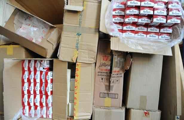 Nîmes: Un million de cigarettes de contrebande saisies dans un camion