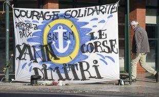 Une marche silencieuse était organisée ce lundi aux Sables-d'Olonne pour saluer la mémoire des trois sauveteurs de la SNSM.