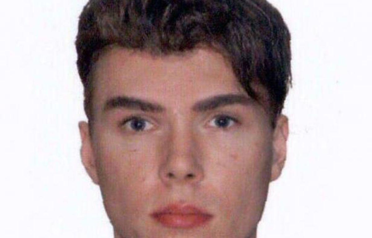 La police française a la certitude que Luka Rocco Magnotta, ce Canadien de 29 ans en fuite, soupçonné d'avoir tué et dépecé un étudiant chinois à Montréal, est venu ces derniers jours à Paris et en région parisienne –  afp.com
