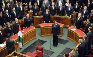 Janos Ader, un co-fondateur du parti Fidesz du Premier ministre hongrois Viktor Orban, a été mercredi élu nouveau président de la république par le parlement hongrois.