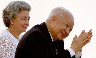 L'ancien roi du Cambodge Norodom Sihanouk, qui a marqué l'histoire de la deuxième partie du XXe siècle en Asie et restait vénéré dans son pays, est mort lundi à Pékin à l'âge de 89 ans.