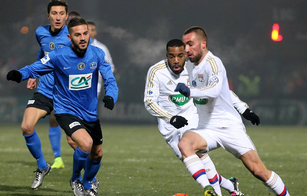 Sergi Darder et Alexandre Lacazette ont tous les deux signé une passe décisive dans la victoire lyonnaise ce mercredi. – FRANCOIS NASCIMBENI / AFP