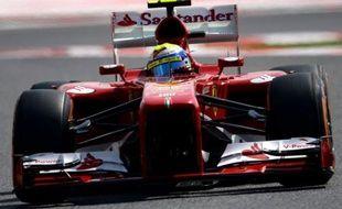 Le Brésilien Felipe Massa (Ferrari) a signé le meilleur temps de la 3e et dernière séance d'essais libres du Grand Prix d'Espagne de Formule 1, samedi matin sur le circuit de Montmelo, près de Barcelone.