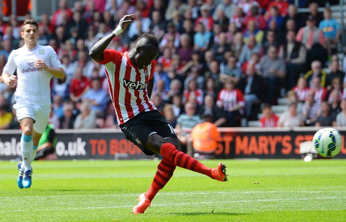 L'attaquant de Southampton Sadio mané, auteur d'un triplé contre Aston Villa, le 16 mai 2015. – GLYN KIRK / AFP