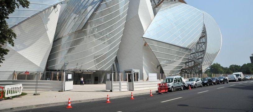 La Fondation Louis Vuitton ouvre le 27 octobre 2014.