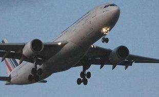 Un Airbus A330-200 d'Air-France, sur le point de se poser au Canada.