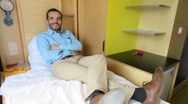 Paul Malignac, PDG d'Espace Loggia, a séduit le Crous de Rennes avec ses lits connectés. – J. Gicquel / 20 Minutes