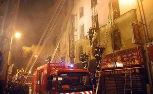 L'incendie de l'hôtel Paris-Opéra (9e) a fait 24 morts et 42 blessés le 15 avril 2005.