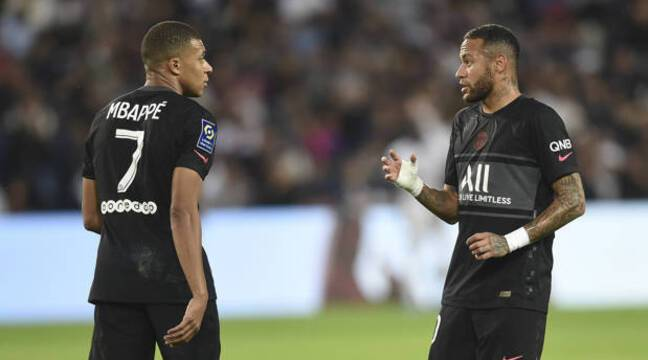 PSG-City : « Ce clochard, il ne me fait jamais la passe », Mbappé et Neymar se sont parlé