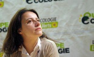 La secrétaire nationale des Verts Cécile Duflot a déclaré jeudi qu'elle était favorable à un accord avec le PS pour les élections de 2012 prévoyant, en cas de victoire de la gauche, la mise en place du scrutin à la proportionnelle à l'Assemblée nationale