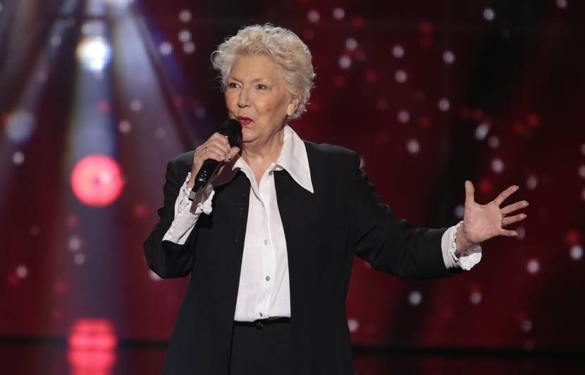 « The Voice » : Sandrine Allary, 77 ans et doyenne de l'émission, veut « défendre la chanson française à texte »