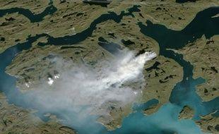 Un image satellite du Groenland, prise le 3 août 2017, montre un incendie.