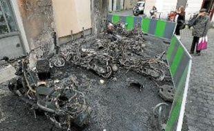 Six deux-roues sont partis en fumée dans la nuit de mardi à mercredi.