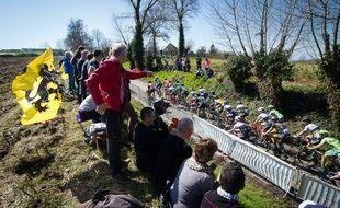 Le peloton du Tour des Flandres, le 3 avril 2016.