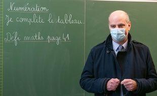 Jean-Michel Blanquer dans une école à Paris le 18 mars 2021.