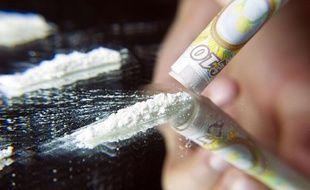 Illustration d'une prise de cocaïne