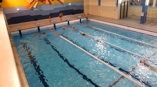Paris a la piscine aspirant dunand les gouts chauffent - Piscine bassin exterieur paris argenteuil ...