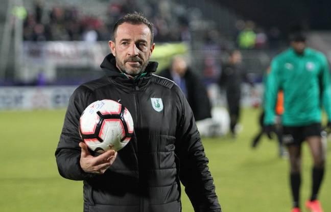 Nicolas Guibal, le coach du FC Sète lors du seizième de finale contre le Losc.