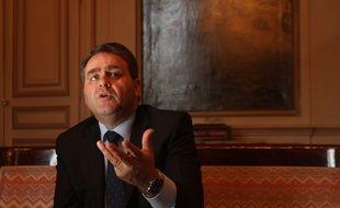 Xavier Bertrand veut étendre la mesure à tous les français..