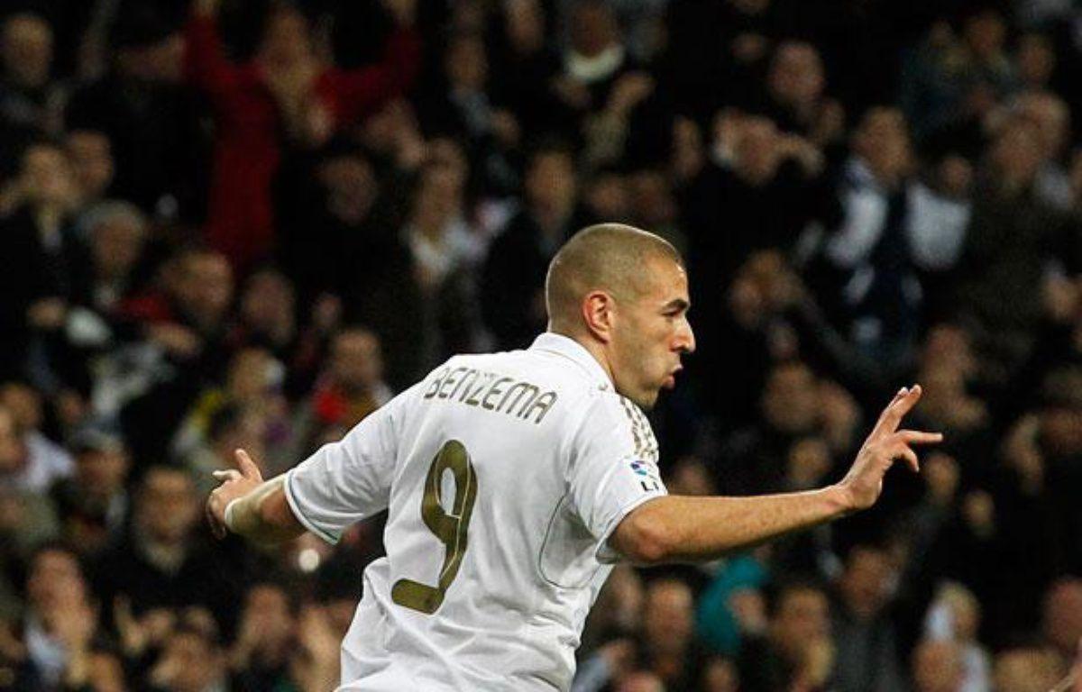 Karim Benzema après avoir marqué pour le Real Madrid contre Grenade le 7 janvier 2011. – Juan Medina / Reuters