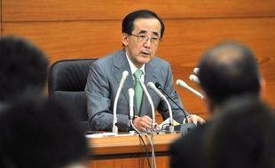 Le comité de politique monétaire de la Banque centrale du Japon (BoJ) a décidé vendredi d'élargir encore ses achats d'actifs afin d'impulser la reprise et de lutter contre une déflation qu'il espère prochainement vaincue.