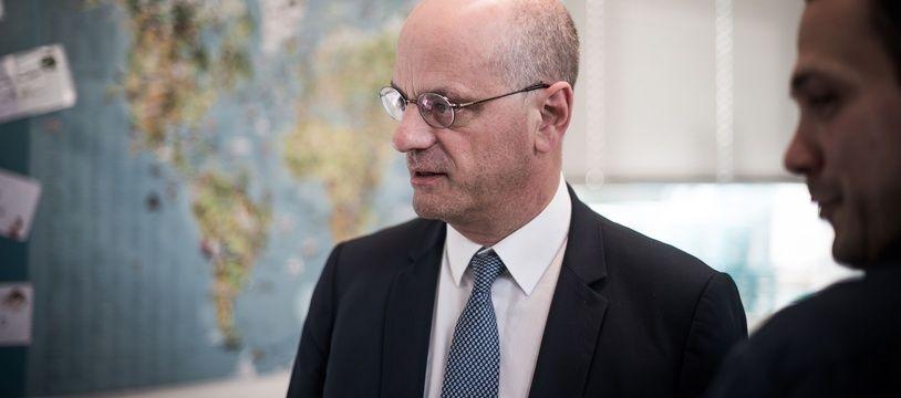 Jean-Michel Blanquer, ministre de l'Education,  à l'école primaire Nicolas Lebrun, a Crouy-en-Thelle (Oise), le 26 Avril 2019.