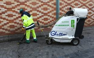 Plus de 120 agents de propreté sont présents chaque jour sur le terrain.