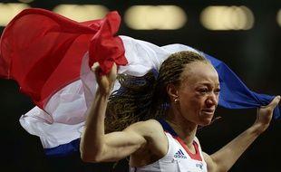 Nantenin Keita avec le drapeau français