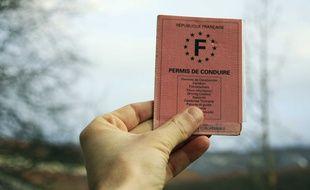 Illustration: Le permis de conduire français.