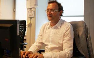 Peter Gumbel, auteur de «On achève bien les écoliers» en chat avec les internautes de 20minutes.fr le 08 septembre 2010