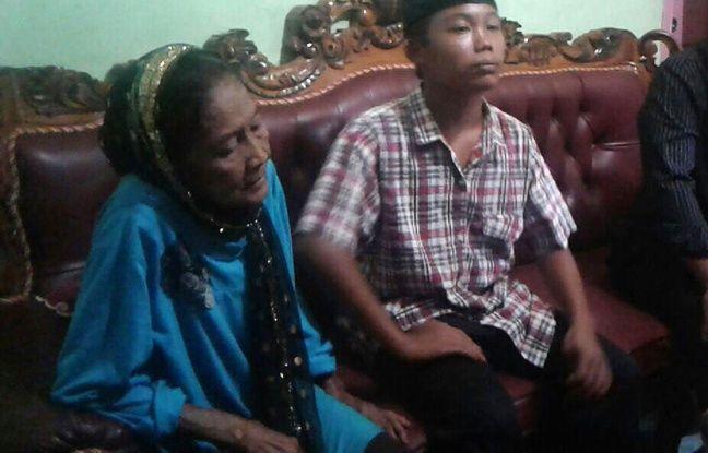 Menaçant de se suicider, un adolescent de 15 ans a finalement pu épouser une femme de 73 ans