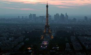 La Tour Eiffel a attiré 7 millions de visiteurs, dont 80% d'étrangers en 2015