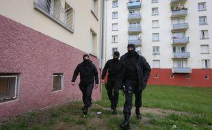 Strasbourg le 13 05 2014. TERRORISME - Les forces de l'ordre ont interpellé des jeunes partis en en Syrie dans un immeuble du quartier de la Meinau