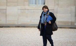 Martine Aubry est convoquée mardi chez la juge d'instruction Marie-Odile Bertella-Geffroy, qui pourrait la mettre en examen pour homicides involontaires dans une des enquêtes sur l'amiante, a-t-on appris de source proche du dossier, confirmant une information du Parisien.