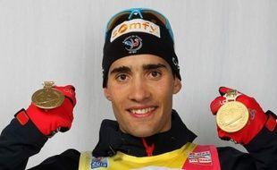 Avec déjà deux médailles d'or autour du cou, Martin Fourcade, 23 ans, visera mardi le triplé aux Mondiaux-2012 de biathlon, à l'occasion de l'individuel disputé sur 20 km à Ruhpolding.