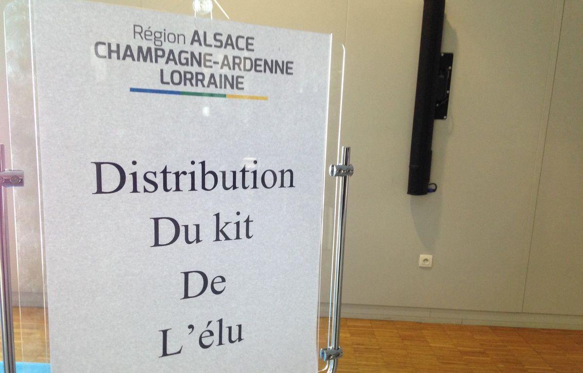 Strasbourg, le 4 janvier 2015. - Les conseillers régionaux d'Alsace-Champagne-Ardenne-Lorraine ont reçu un Ipad et un Iphone lors de la première assemblée. – F. Hernandez / 20 Minutes