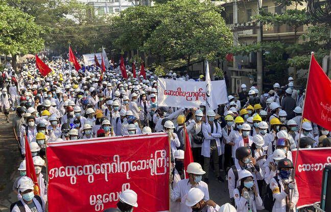 648x415 lors manifestations birmanie dimanche