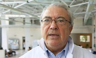Le professeur Charles Sultan.