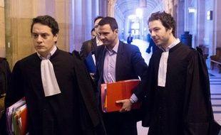 Jérôme Kerviel, 35 ans, a été condamné en première instance à trois ans de prison ferme et à des dommages et intérêts de 4,9 milliards d'euros, montant de la perte que lui impute la banque et dont il a été jugé seul responsable.