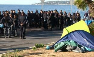 Vintimille: évacuation d'un camp de migrants