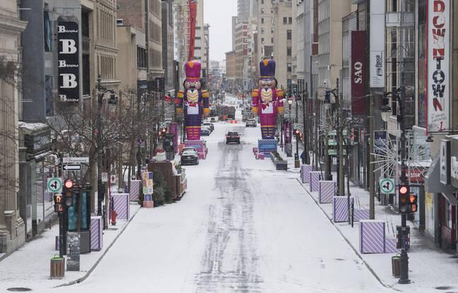 648x415 une rue de montreal inhabituellement vide le 26 decembre 2020