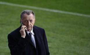 Le président de l'Olympique Lyonnais, Jean-Michel Aulas, lors du match de Ligue des champions face à Barcelone, le 10 mars 2009.