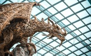 Sculpture d'un dragon. Illustration.