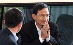 """M. Somchai a déclaré qu'il acceptait cette décision """"inattendue""""."""