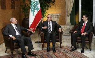 Le nouveau gouvernement d'Union nationale au Liban, le 9 novembre 2009, au Palais présidentiel. Un gouvernement de désunion, selon la presse locale.