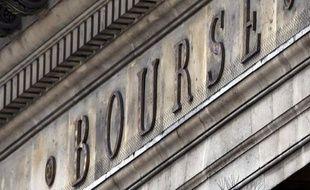 La Bourse de Paris était en timide hausse mercredi en début de matinée (+0,16%) dans un marché qui se livre à quelques rachats à bon compte après trois séances de recul mais dans un environnement toujours très incertain en zone euro.
