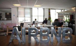 Illustration des bureaux parisiens de la société américaine Airbnb.